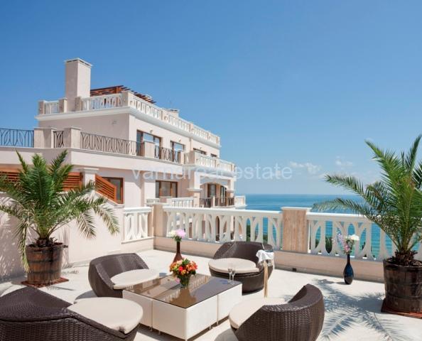 Продава апартамент гр.Варна в луксозен комплекс на морския бряг N 1405