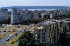 Панорамен тристаен слънчев апартамент